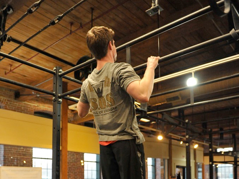 Essential Strength – Kettlebell Swing and Pull-up Program